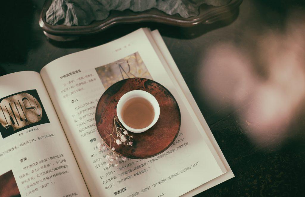 sách về trà